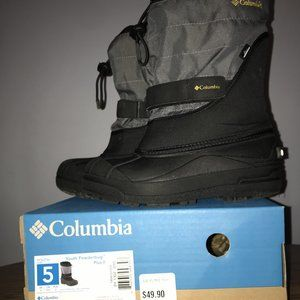 YOUTH COLUMBIA BOOTS